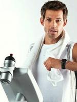 Упражнения на руки в спортзале