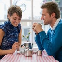 невербальное общение во время знакомства