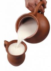 Употреблять во время тренировак молоко полезно