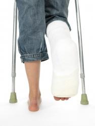 Как сломать ногу без боли