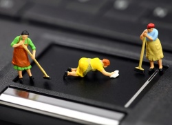 Как разобрать клавиатуру на компьютере и почистить