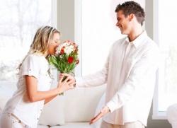 Поведение влюбленного мужчины на работе