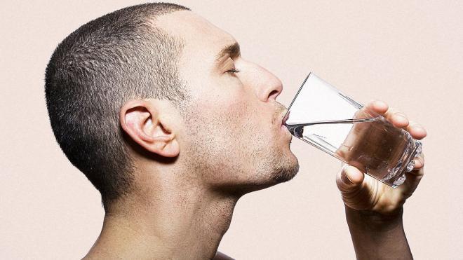 Питьевая вода снимает головную боль