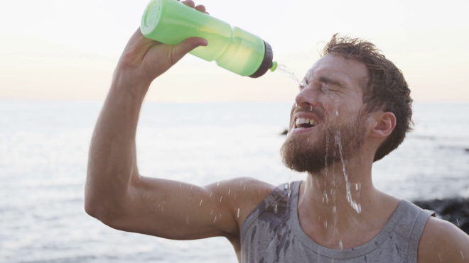 Вода регулирует пищеварительную систему