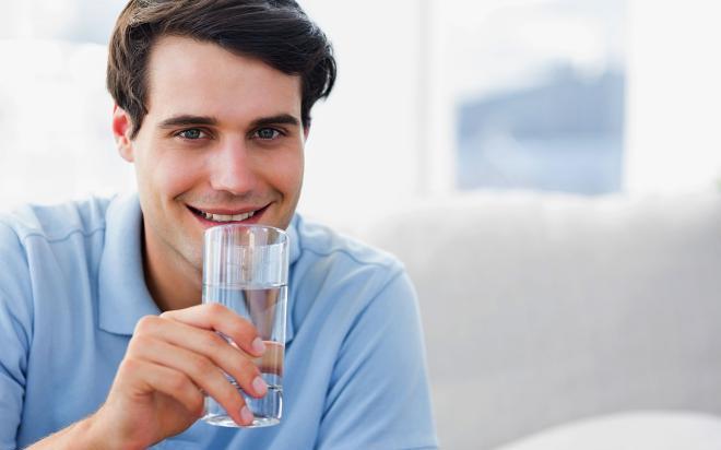 Питьевая вода помогает в борьбе с целлюлитом